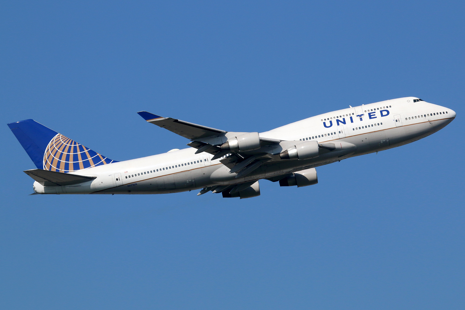 United Airlines Will Now Allow You To Combine Electronic Travel